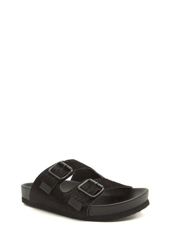 What The Buckle Faux Fur Slide Sandals BLACK