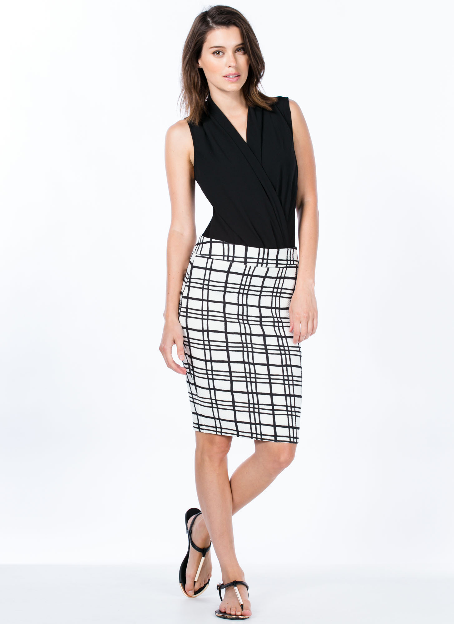 Grid The Line Textured Skirt IVORY