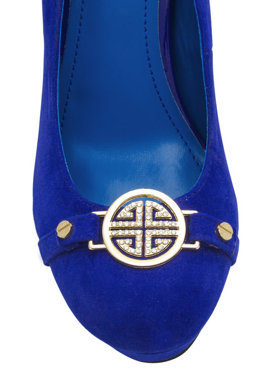 First Place Medallion Platform Heels BLUE