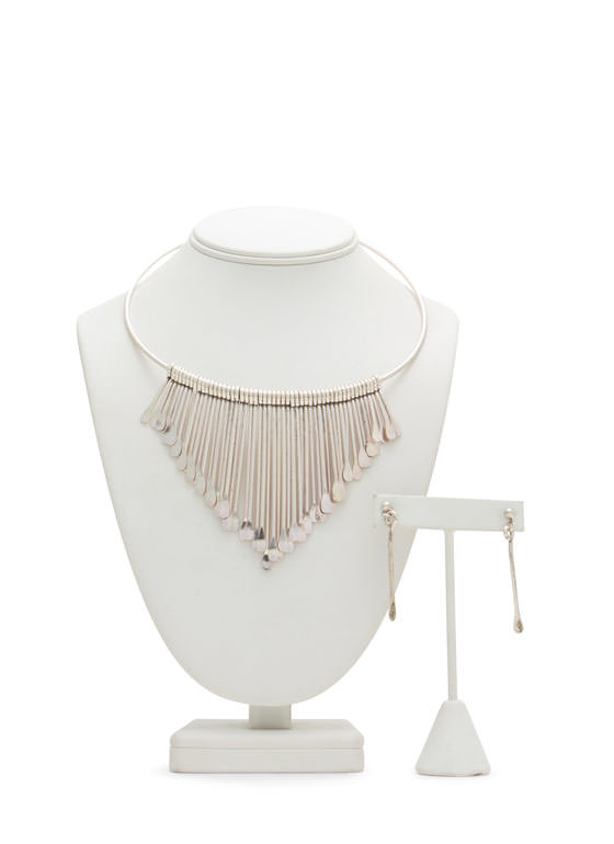 Paddle Spoke Fringe Metal Choker Set DKSILVER
