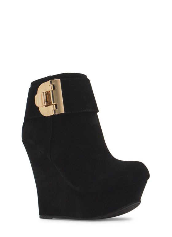 Buckle U Up Velvet Wedge Booties BLACK