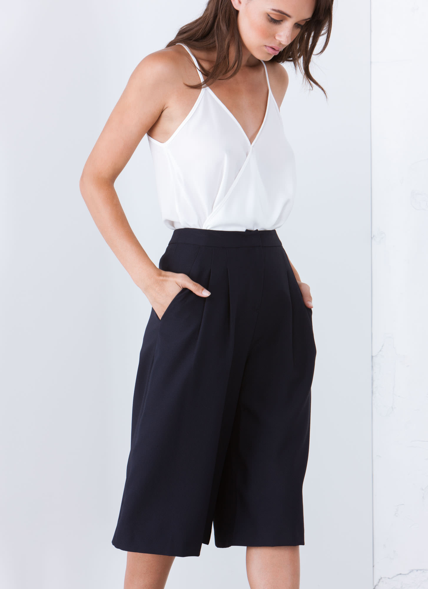 Textured Pleated Culottes NAVY