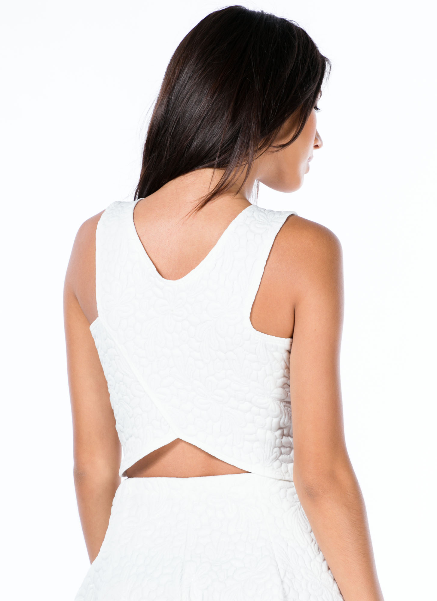 Sheen-Stealer Embossed Cropped Tank WHITE