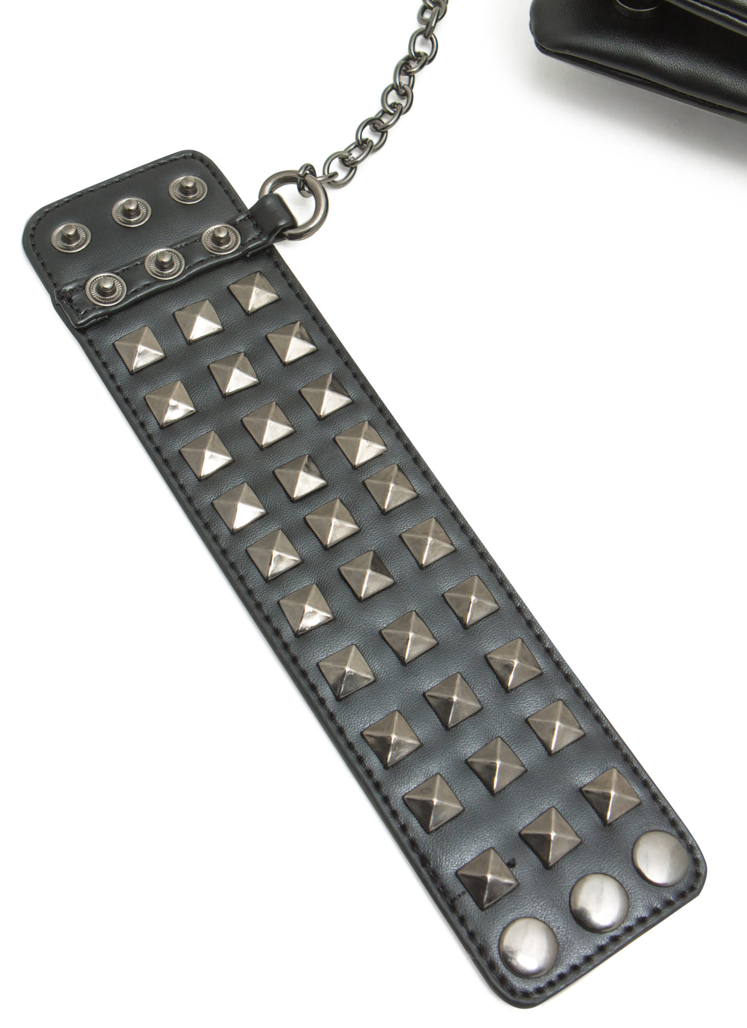 Pyramid Stud Cuff And Clutch Set BLACKPEWTER