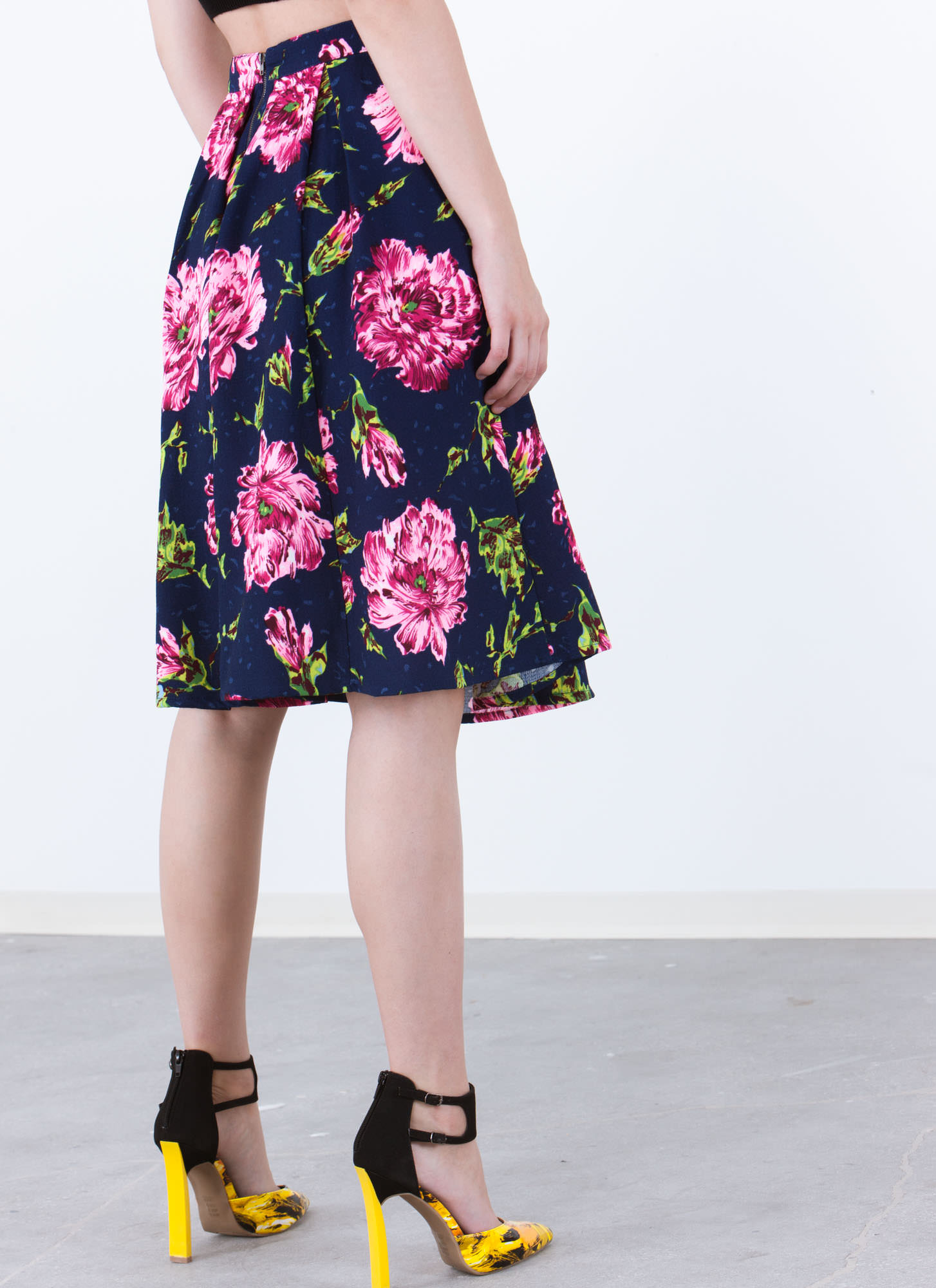 Flower Trip Pleated A-Line Skirt NAVY