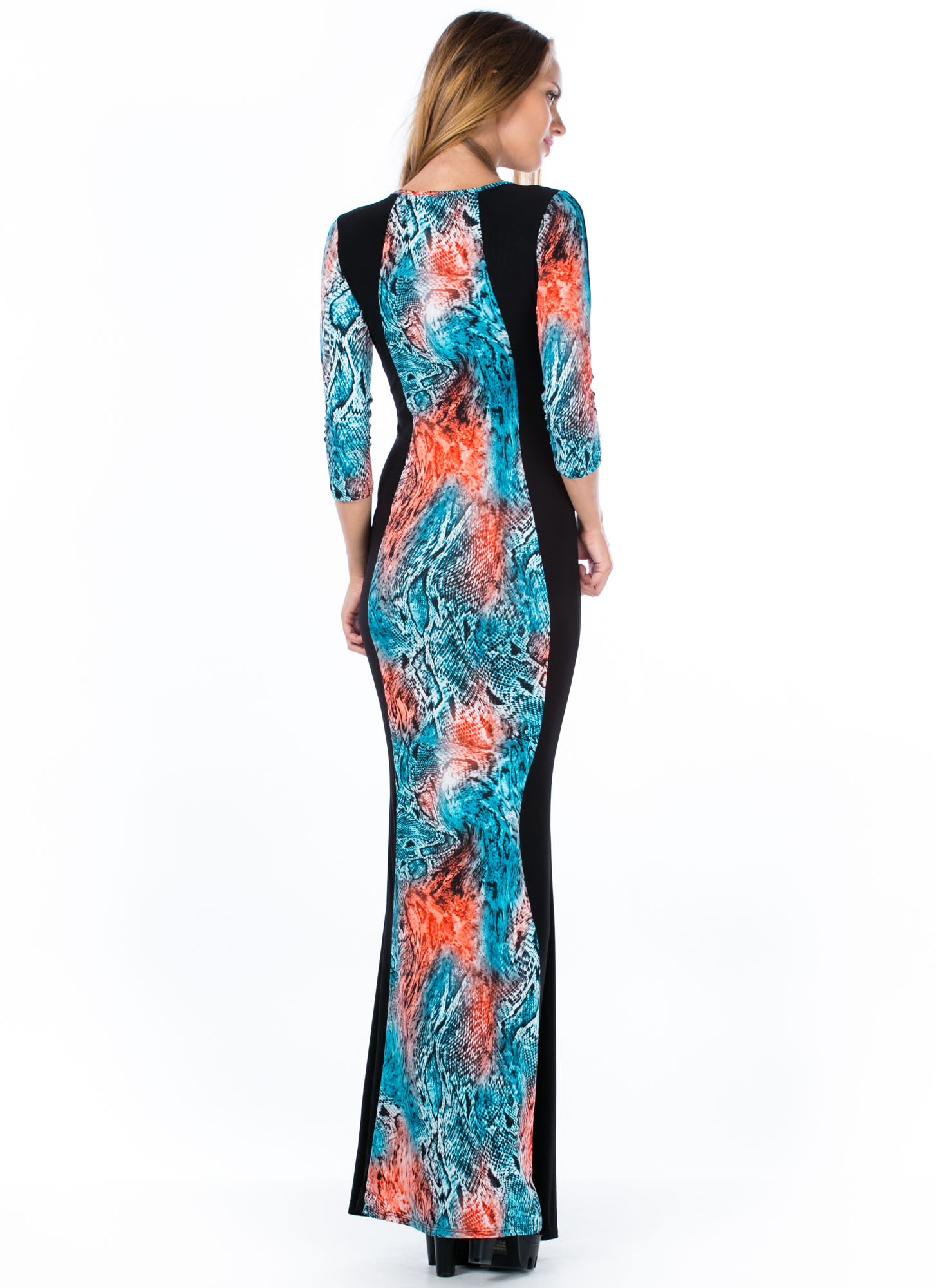 Scaled To Fit Hourglass Mermaid Maxi BLACK
