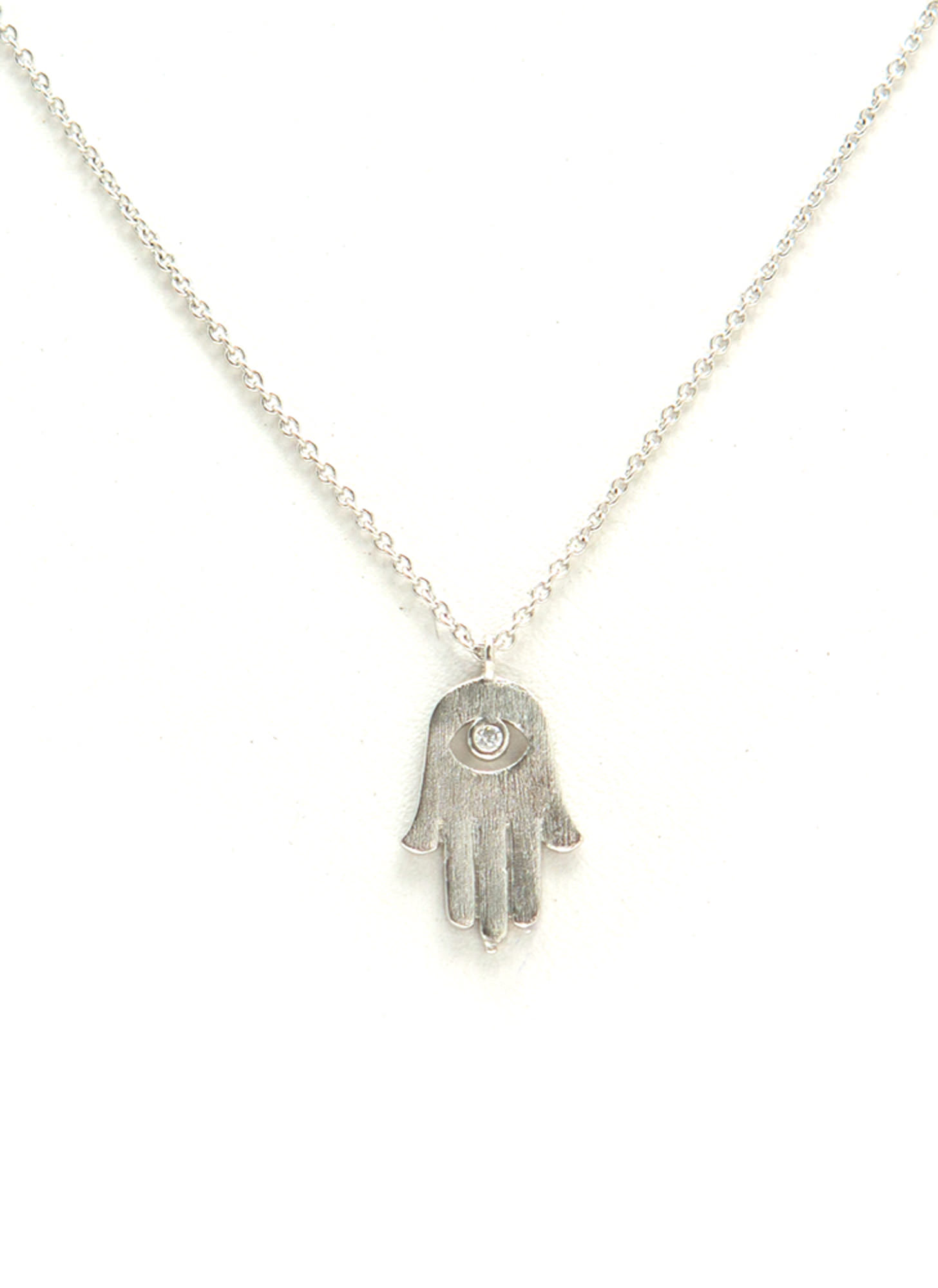 Dainty Metallic Hamsa Necklace MATTESILVER