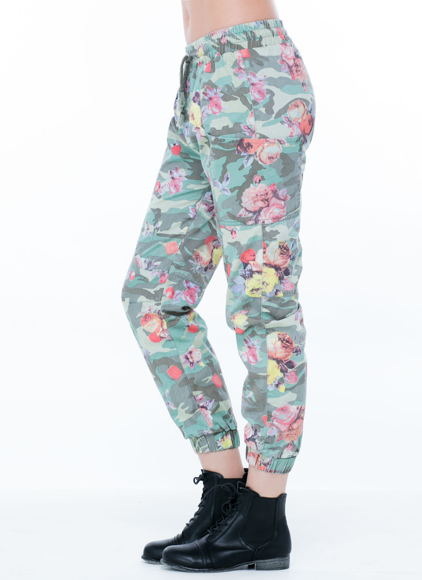 Blending In Camo Floral Cargo Joggers GREEN