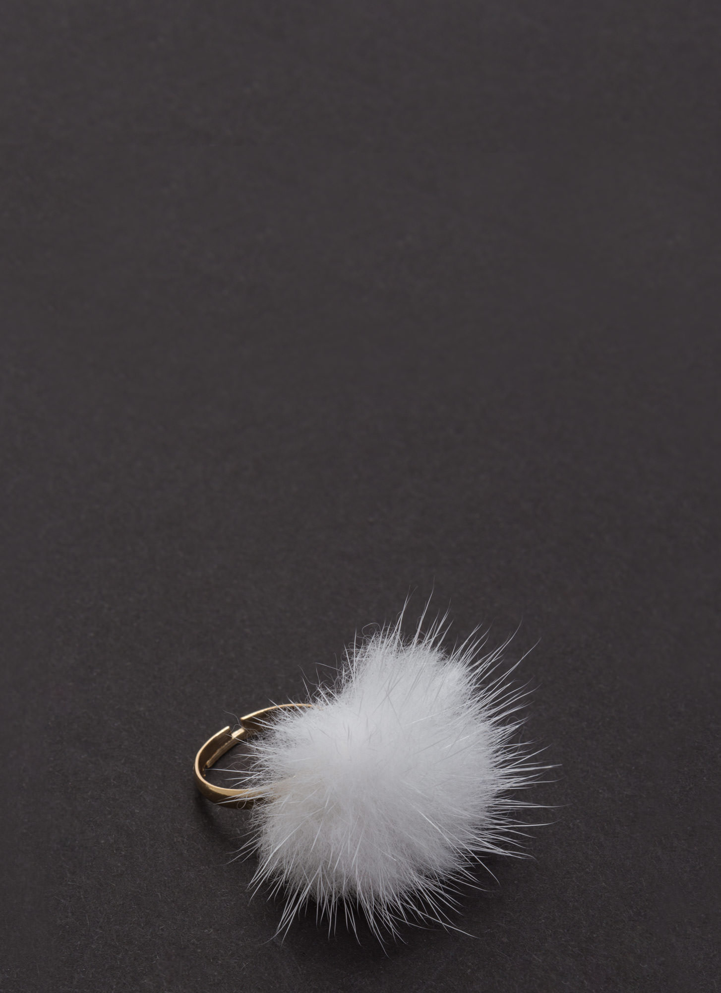 Feather Weight Adjustable Ring WHITE