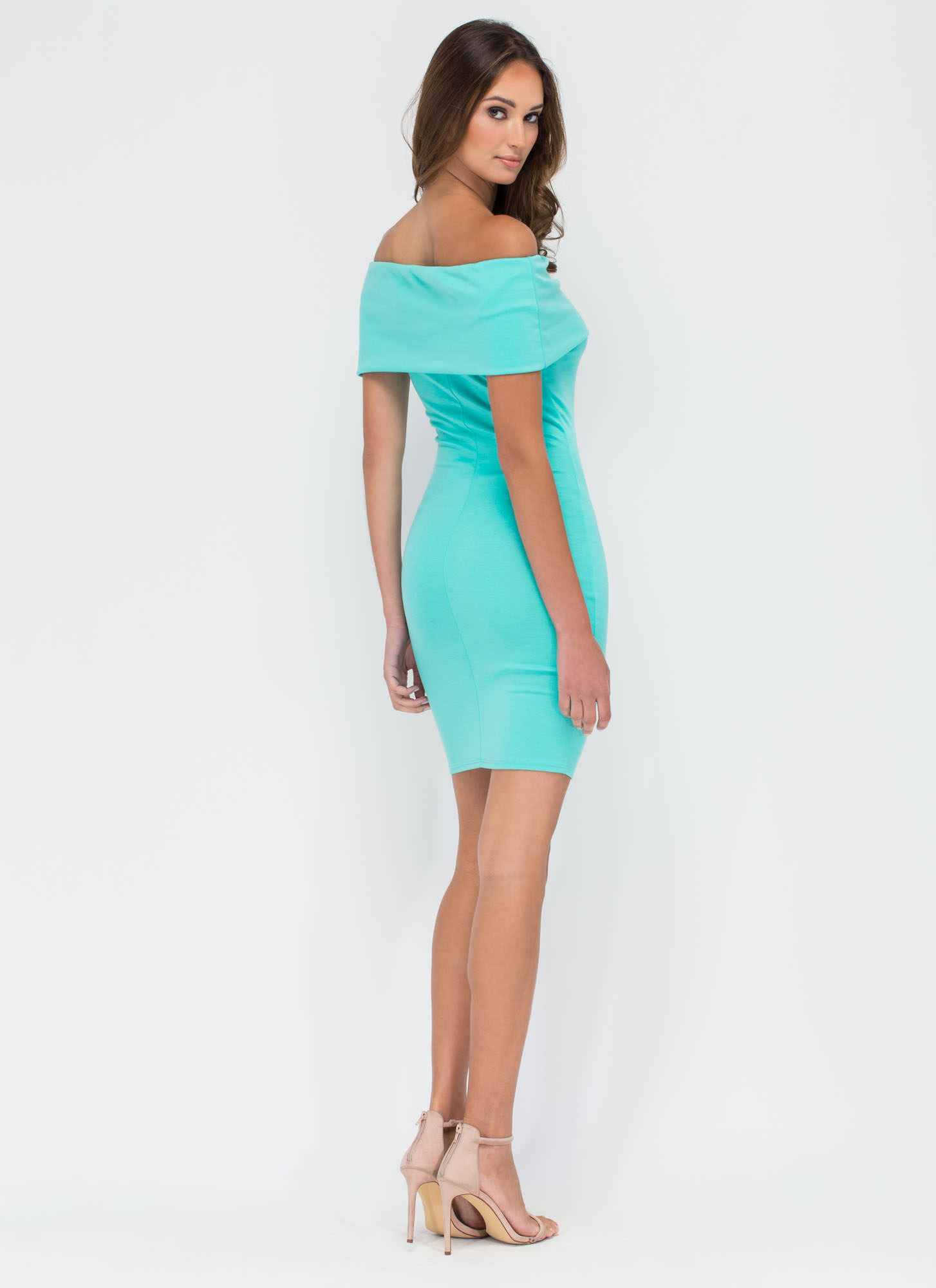 Bold Move Off-Shoulder Bodycon Dress MINT