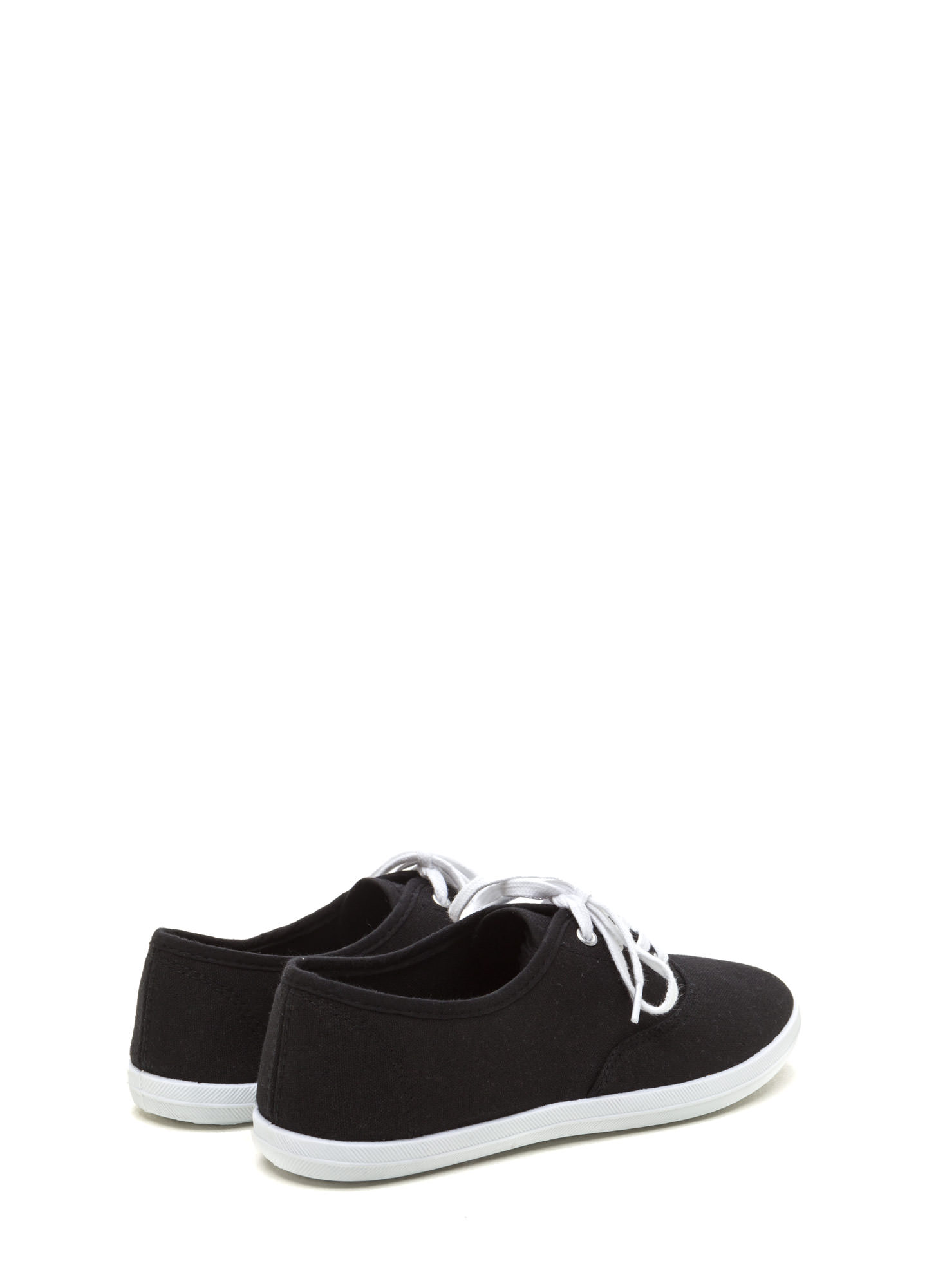 Sneaks Attack Canvas Sneakers BLACK