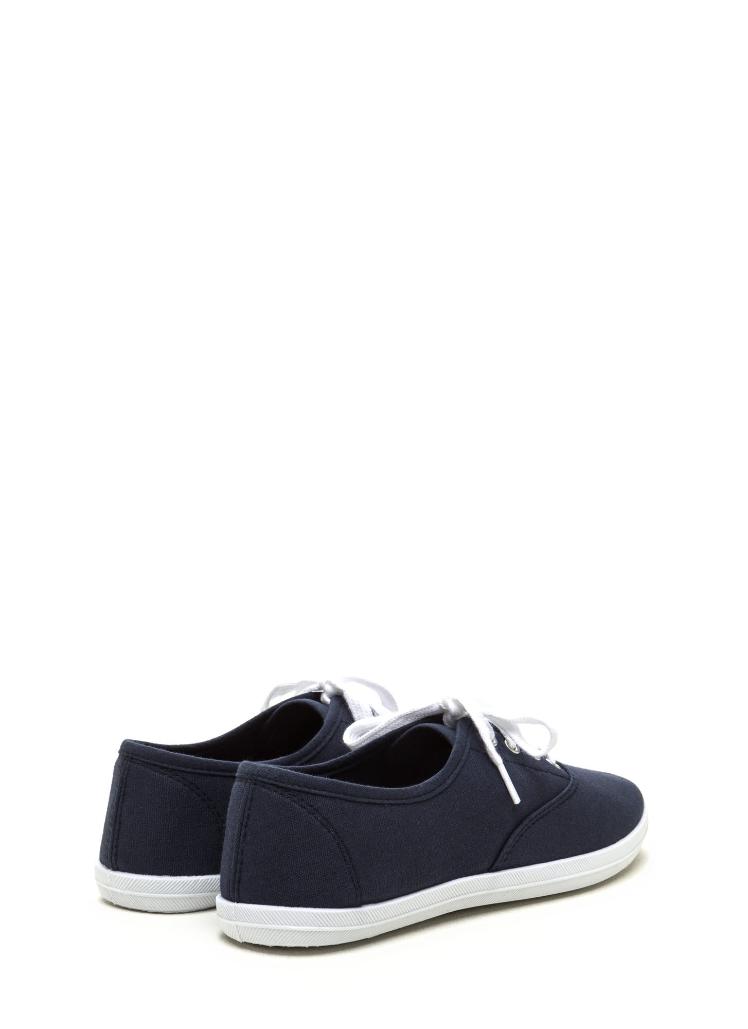 Sneaks Attack Canvas Sneakers NAVY