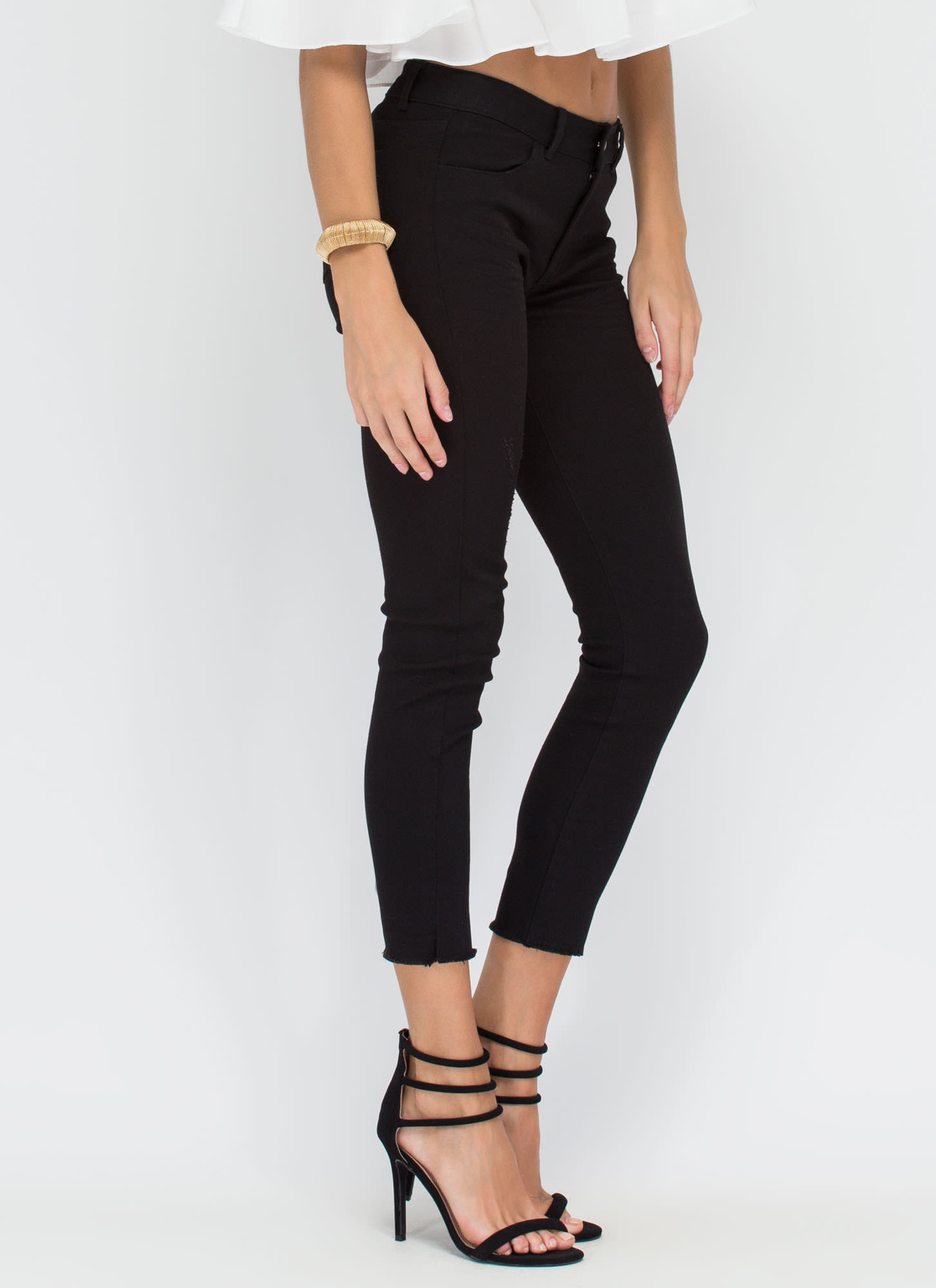 Make The Cut-Off Fringed Skinny Jeans BLACK