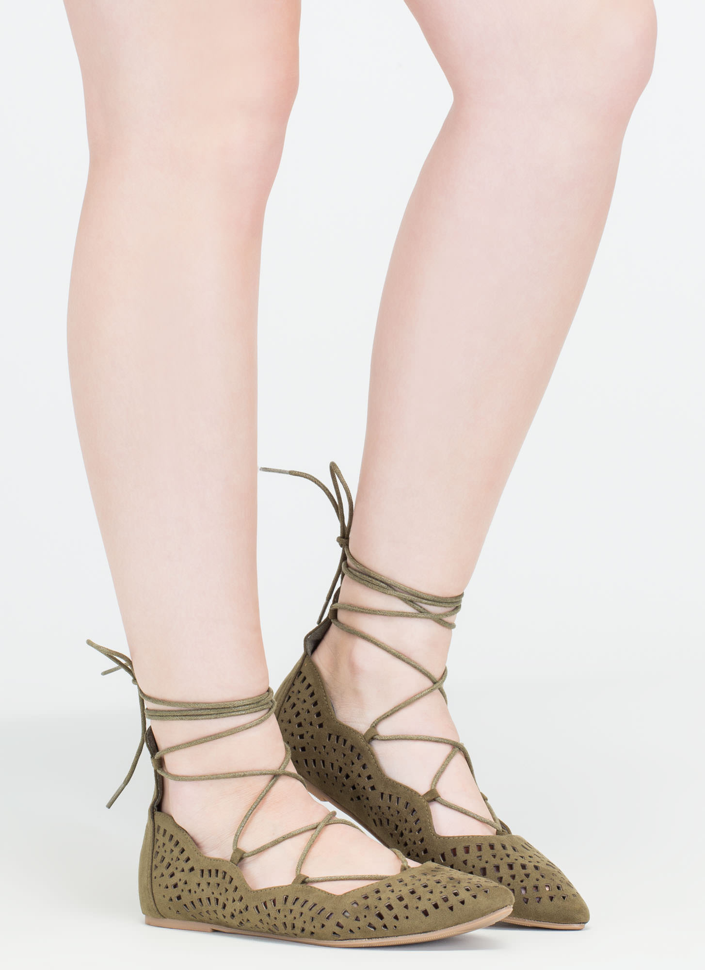 Downtown Daytrip Cut-Out Lace-Up Flats OLIVE