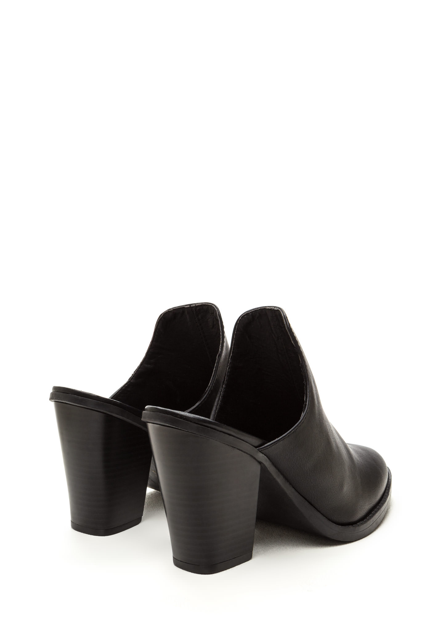 Case In Point Chunky Mule Heels BLACK