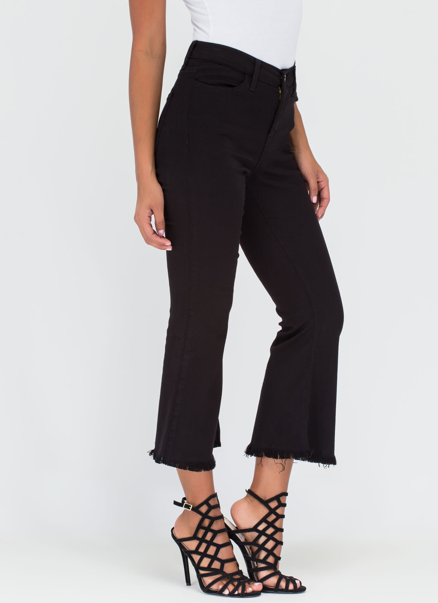 Chic Intro Flared Crop Jeans BLACK