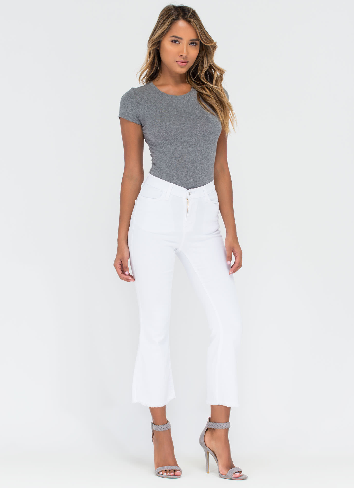 Chic Intro Flared Crop Jeans WHITE