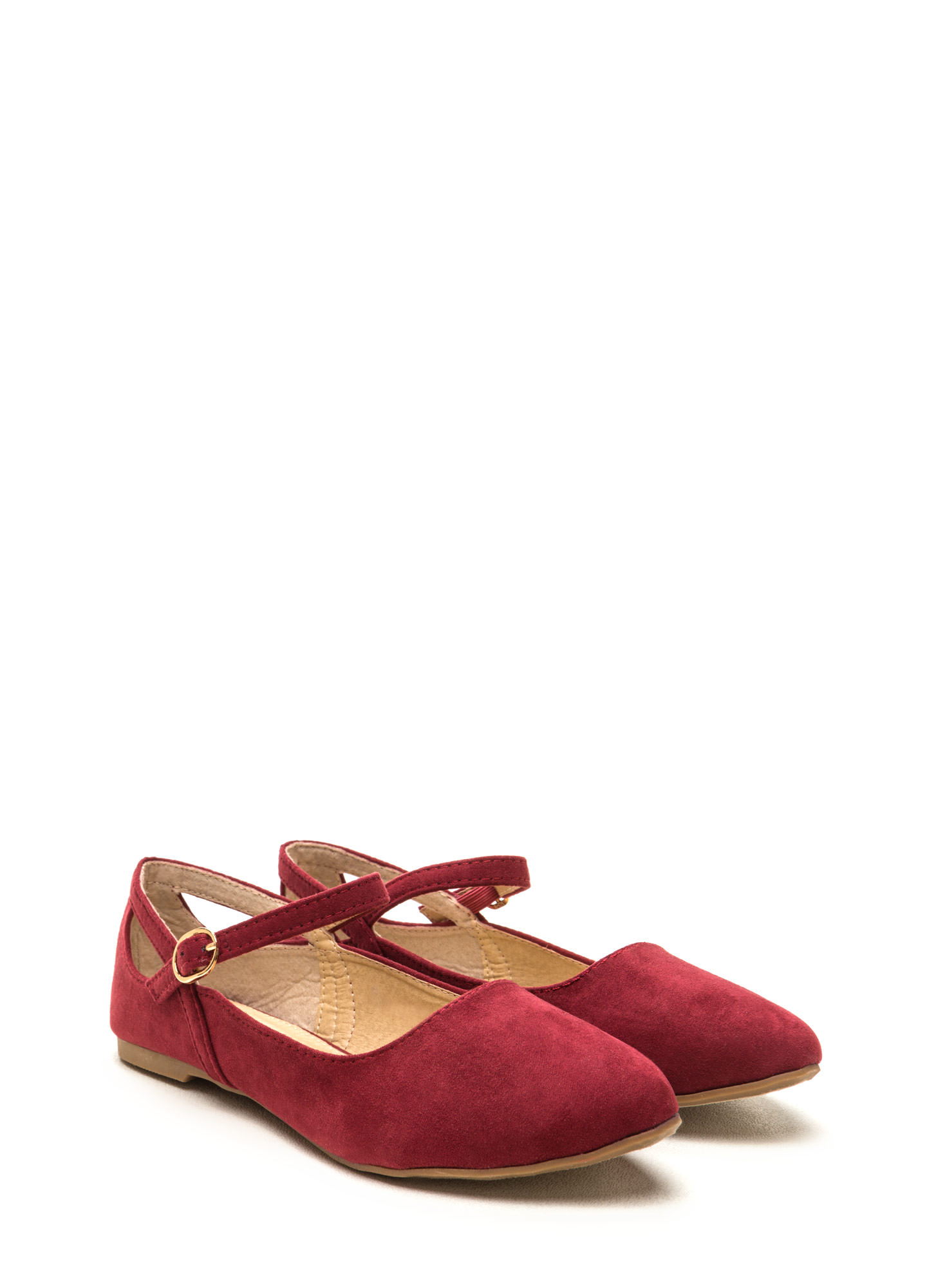 Chic Footnote Pointy Cut-Out Flats WINE