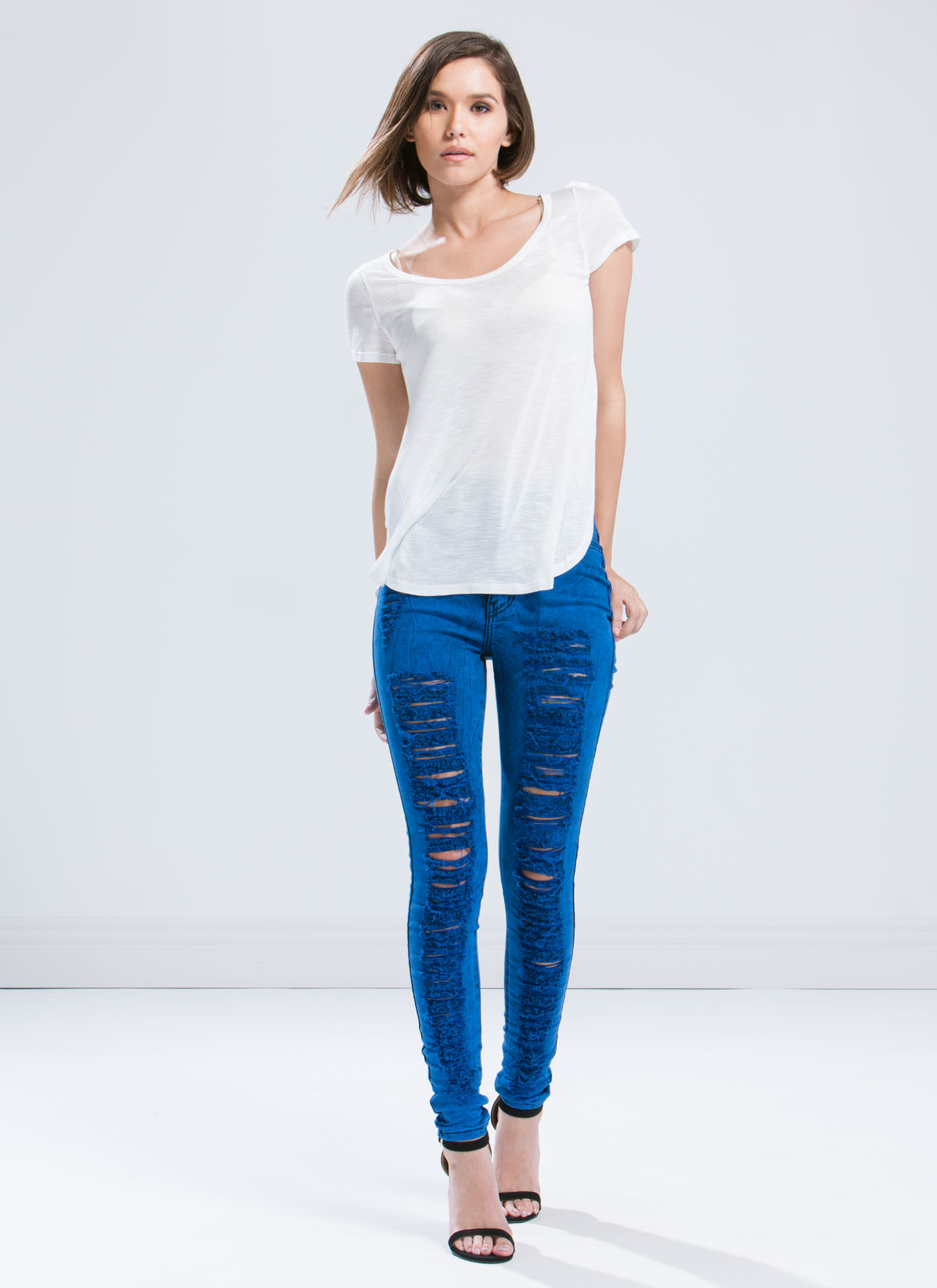 High-Waisted Distressed Jeans ROYAL