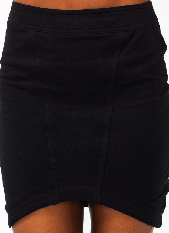 Curved Hem Mini Skirt BLACK