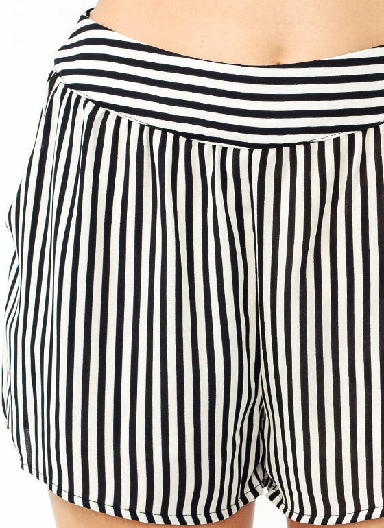 Striped Pocket Shorts IVORYBLACK (Final Sale)
