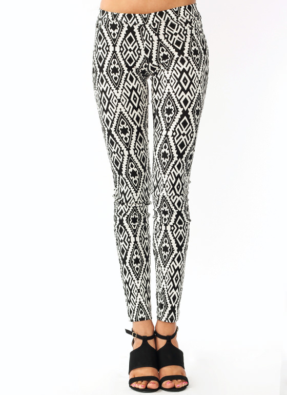Go Wild Printed Pants BLACKIVORY