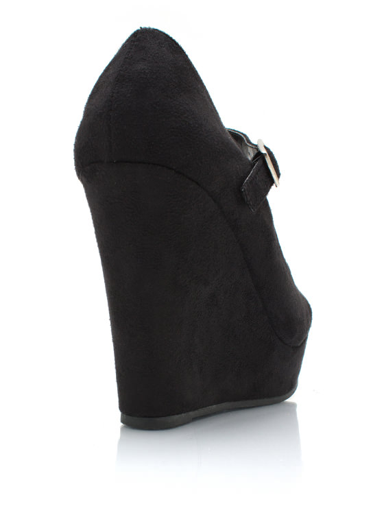 Almond Toe Wedges BLACK