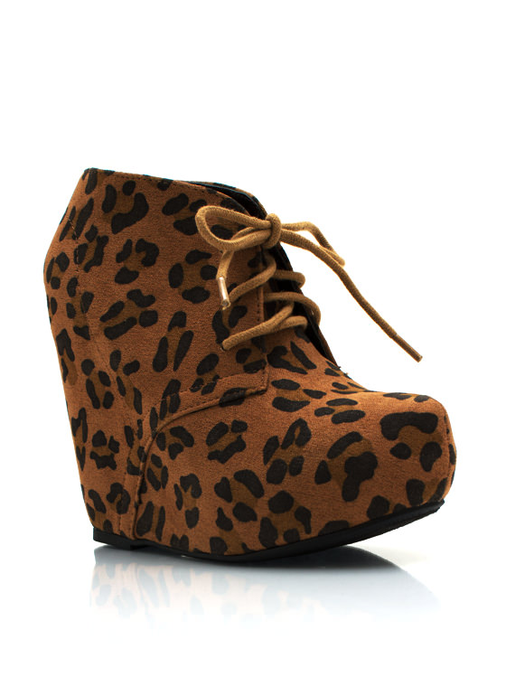 Wild Cat Wedges TAN