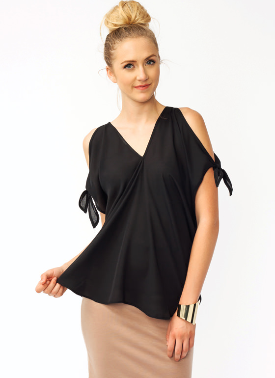Cold Shoulder Tied Top BLACK