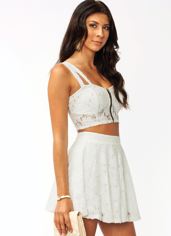 Le Crochet Petal Cropped Top WHITE