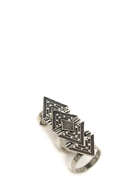 Chevron And On Shield Ring DKSILVER