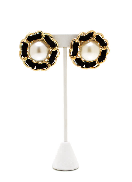 Call Me Pearl Earrings GOLDBLACK