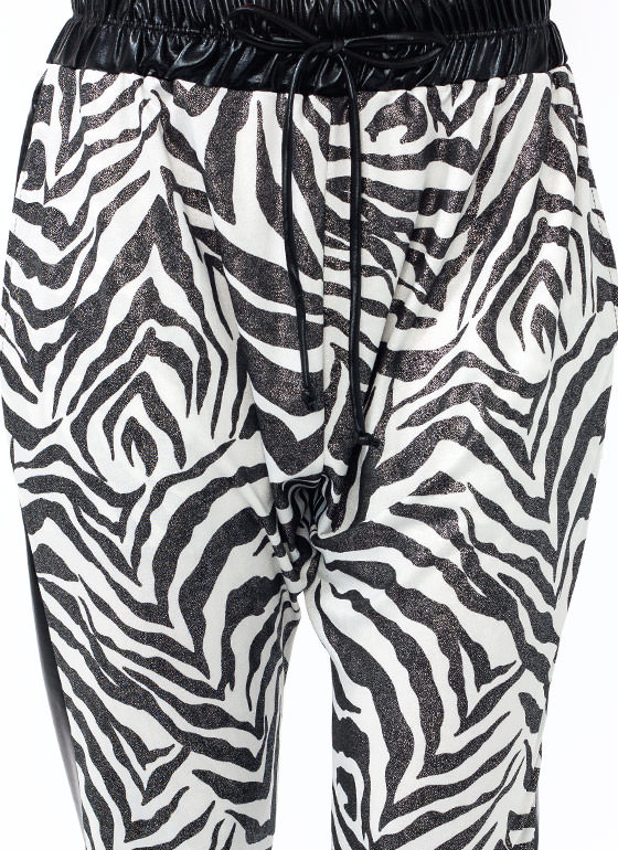 Earn Your Stripes Shiny Joggers BLACKWHITE