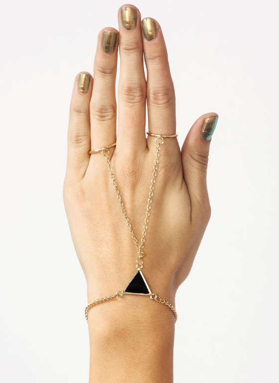 Try A Triangle Hand Bracelet BLACKGOLD