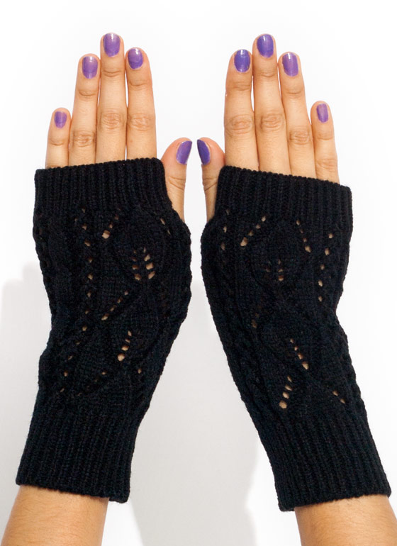 Solid Cable Knit Fingerless Mittens BLACK
