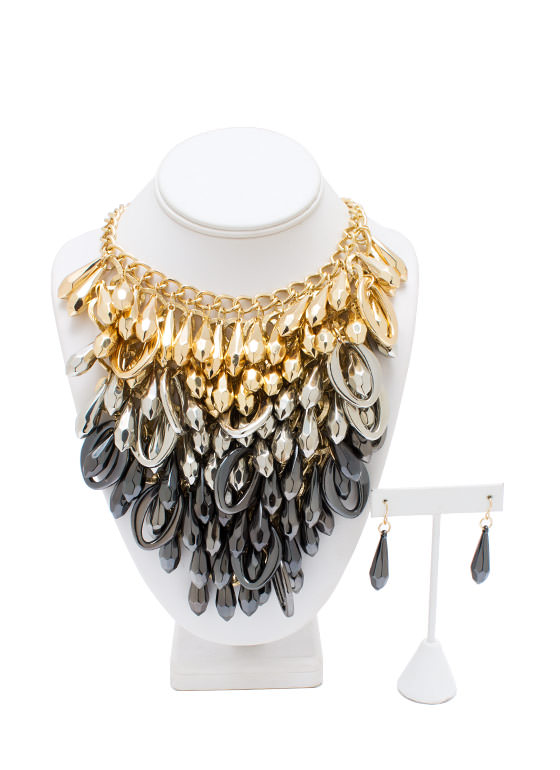 The Chainy Bunch Bib Necklace Set GOLDGUN