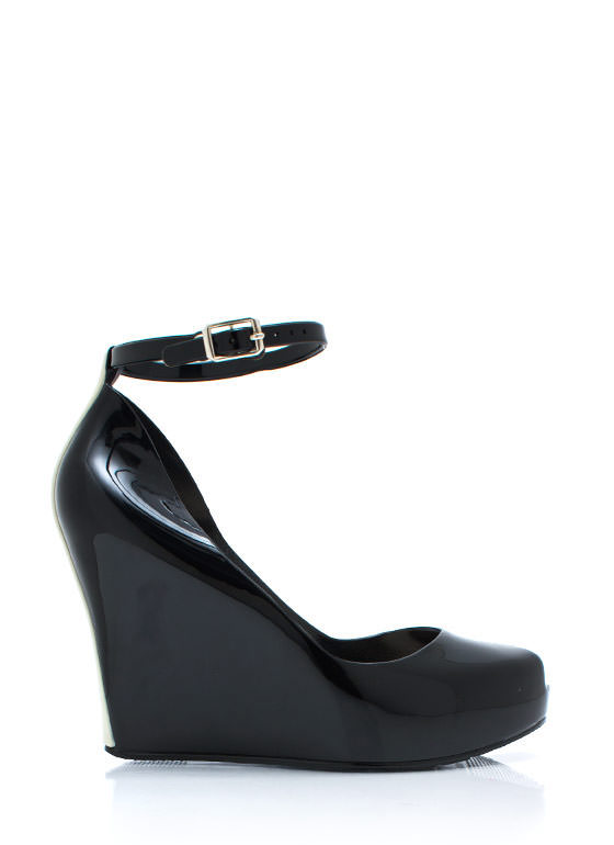 How Jelly Ru Wedges BLACK