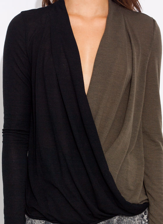 Contrast Draped Surplice Top BLACKOLIVE