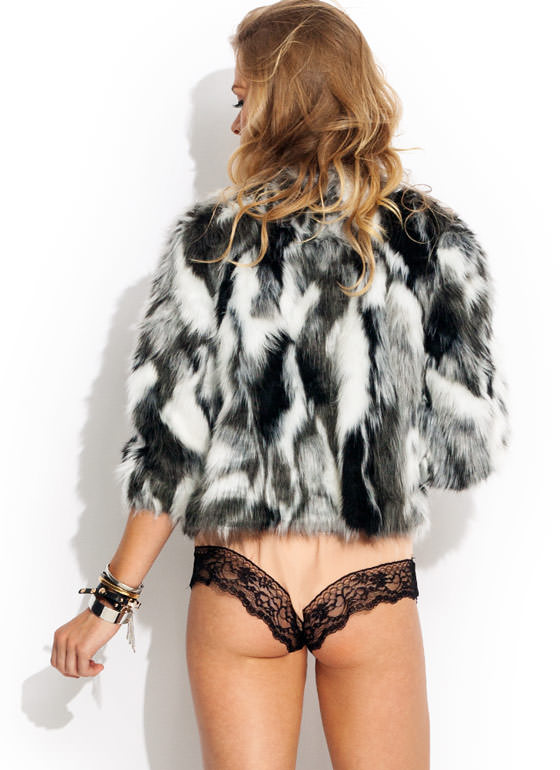 Svelte Pelt Faux Fur Jacket BLACKWHITE