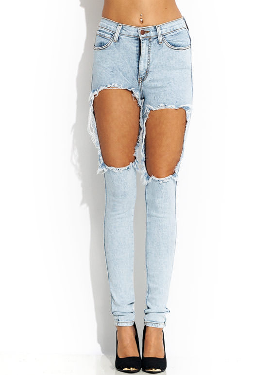 Hole Lotta Leg Distressed Jeans LTBLUE