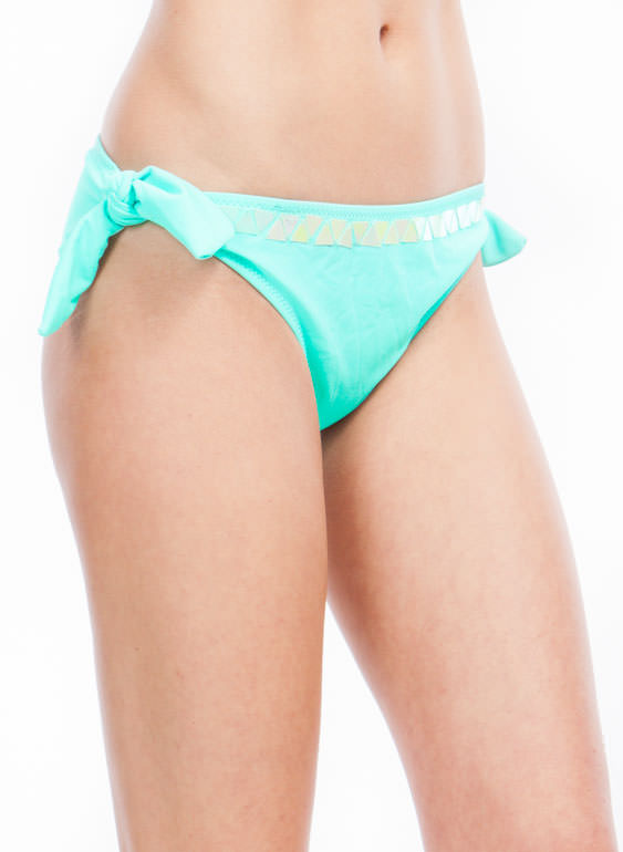 Talk Of The Tropics Bikini Set  MINT (Final Sale)