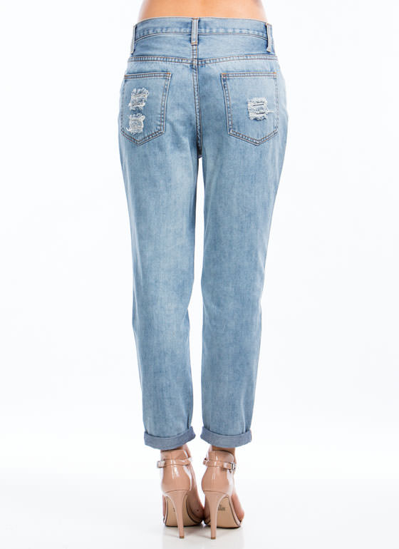 Slashed 'N Frayed Boyfriend Jeans LTBLUE