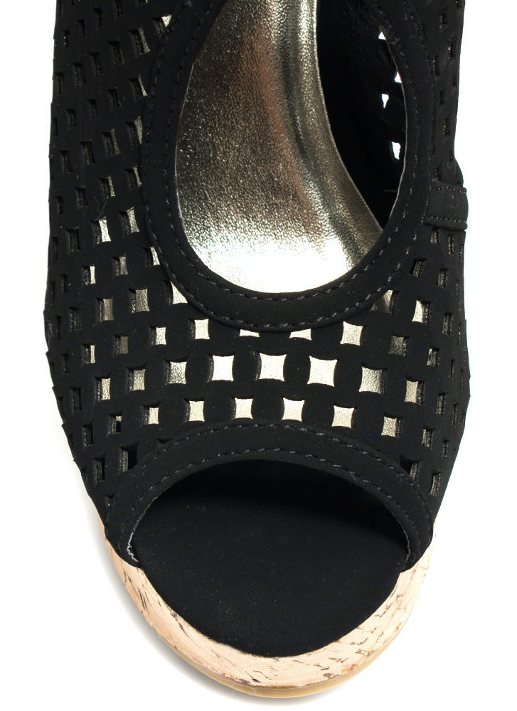 Diamond Perfection Cut-Out Wedges BLACK