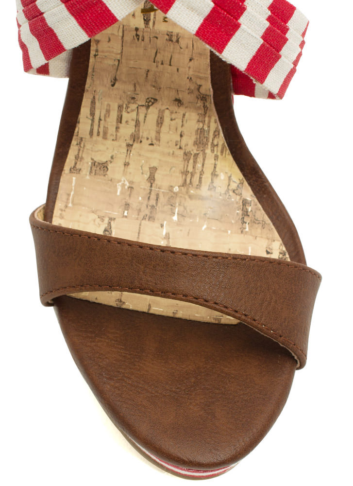 Stripe A Pose Mixed Media Wedges RED