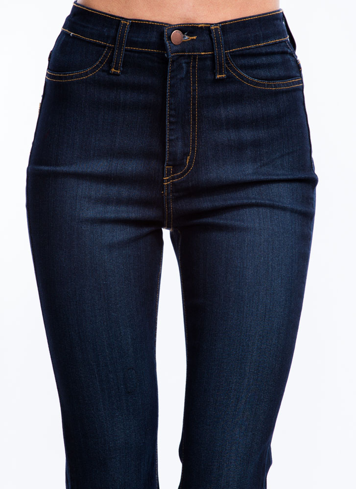 Classic High-Waisted Flared Jeans DKBLUE