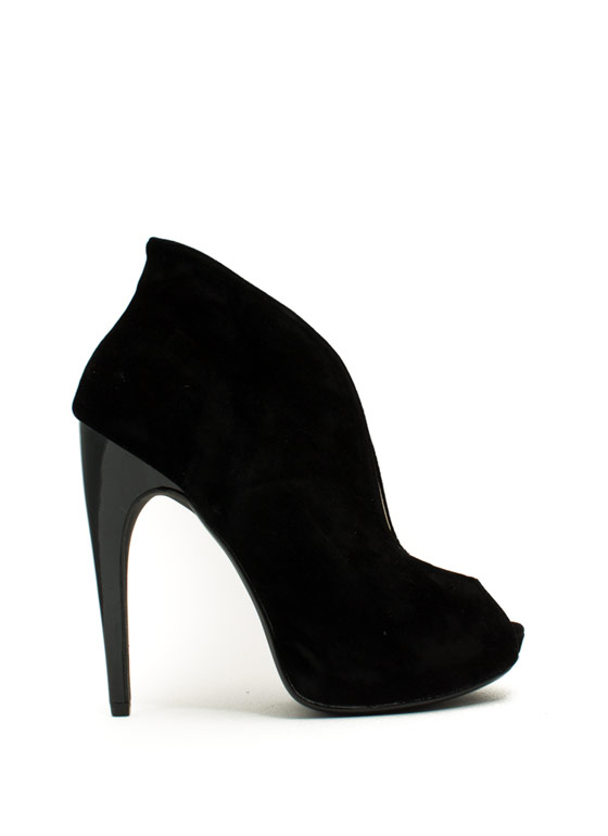 Take The Plunging Topline Booties BLACK