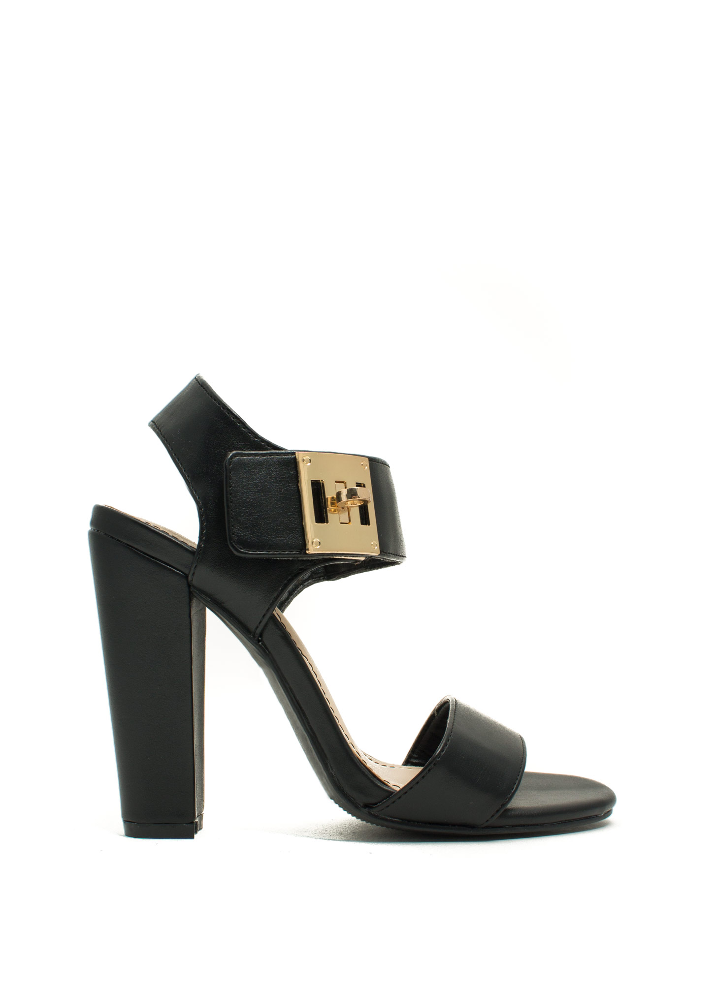 Chunky Twist Lock Heels BLACK