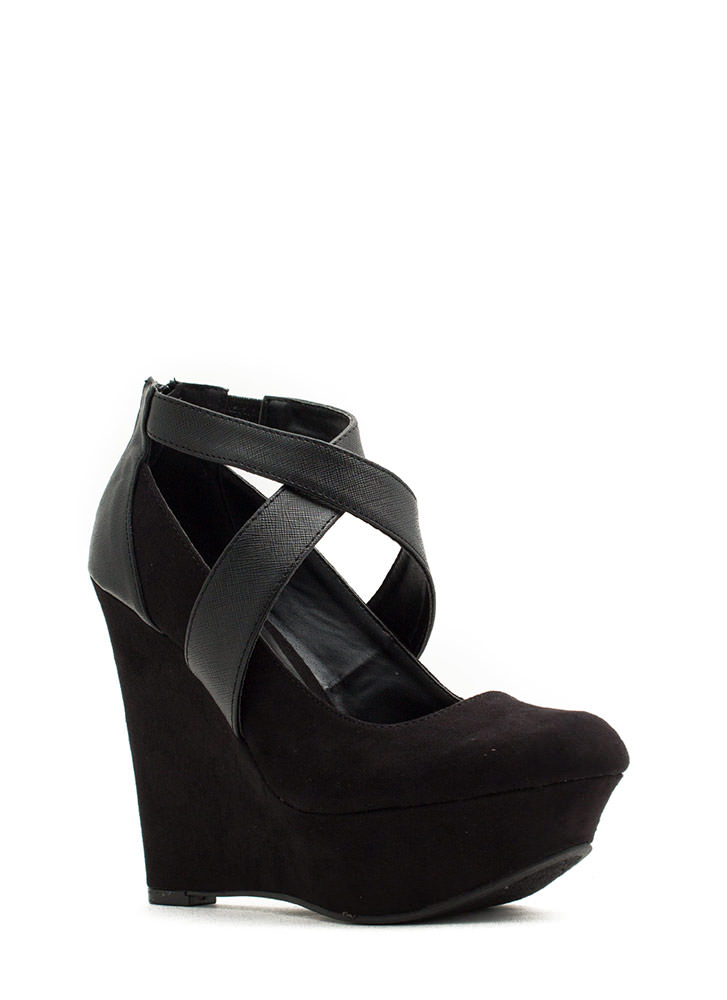 Crisscrossed Platform Wedges BLACK