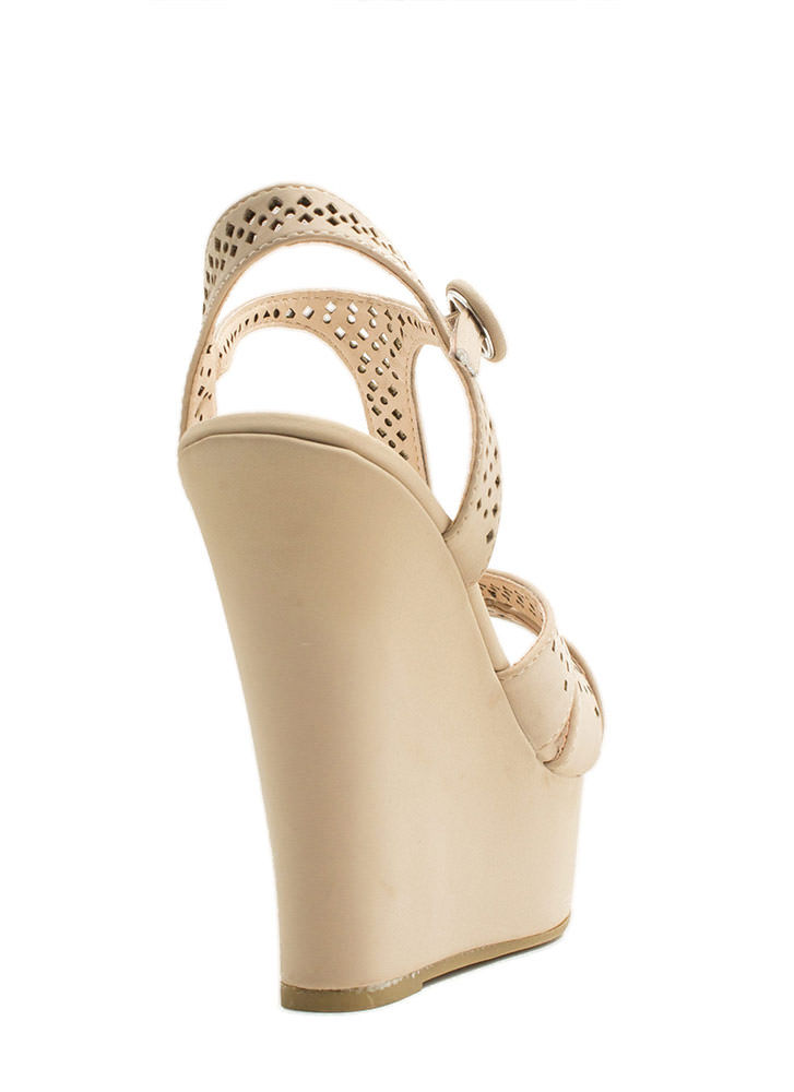 T-Time Faux Nubuck Wedges NUDE